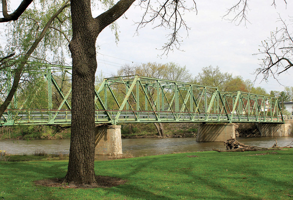 Green bridge web